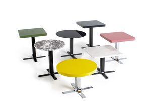 Plus, Collections de petites tables personnalisables