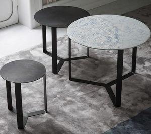 Tris, Tables en métal, empilables horizontalement
