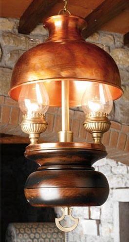 Art. L 70, Lustre en bois et en cuivre, style country