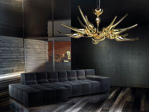 Ego chandelier, Lustre en laiton avec des diffuseurs en verre souffl�