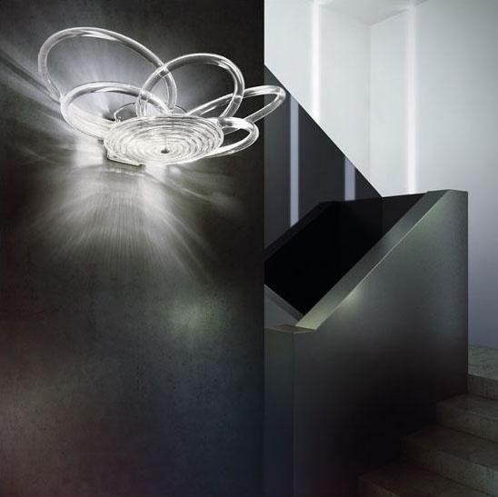 Flair applique, Lampe élégante avec structure en métal, des diffuseurs en verre de fil