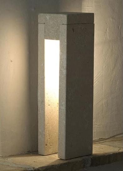 Oso, Lampadaire en pierre, lumière incandescente