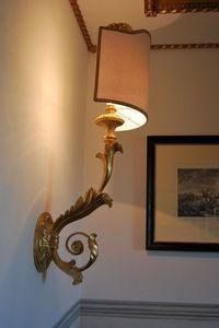 LAMPE - TORCHÈRE À MUR ART. LM 0019, Lampe murale classique pour les restaurants et les hôtels de luxe