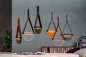 DALÌ, Lampes en bois massif, verre fusionné et support en cuir