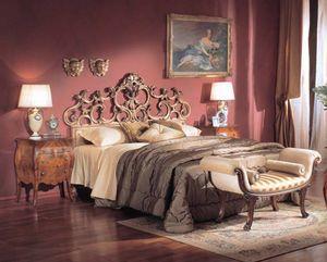 3245 BED, Lit de luxe classique, sculpté à la main, feuille d'argent