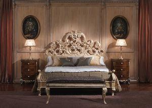 3660 LIT, Lit avec style baroque, de chambres luxueuses, structure en bois avec finition à la feuille d'or revêtu