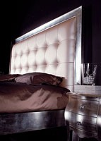 Art. 1791 Diana, Lit sculpté, tête de lit en éco-cuir, pour hôtel