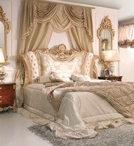 Art. 800, Lit luxueux avec tête de lit rembourrée et sculptée