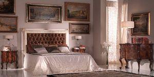 Art.954, Lit 800 style, tête de lit matelassé recouvert de soie