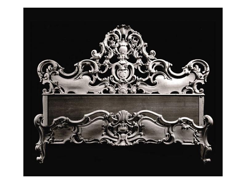 Bed art. 74, Lit avec moulage avec coque décorative, style baroque