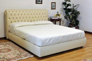Chesterfield lit, Le lit avec tête de lit capitonnée par excellence