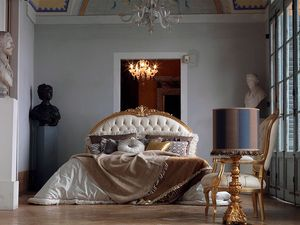 Giorgione lit, Lit fini à la main, matelassé, décorations de feuilles d'or