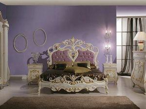 Isabel lit, Lit luxueux avec des sculptures