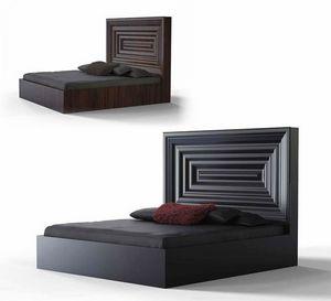 Frames Art. L02, Lit en bois avec tête de lit imposante