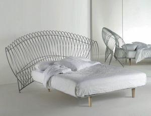 Onda Uno, Lit en fer avec grande tête de lit