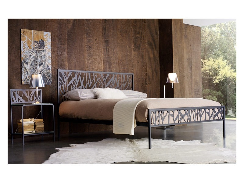 Green Double Bed, Lit double métal avec motifs abstraits