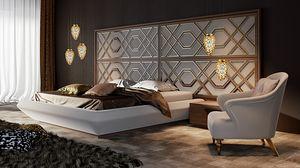 Intrigue lit avec tête de lit horizontale