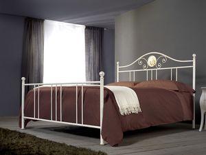 Romanza, Lit en fer à la main pour les chambres classiques