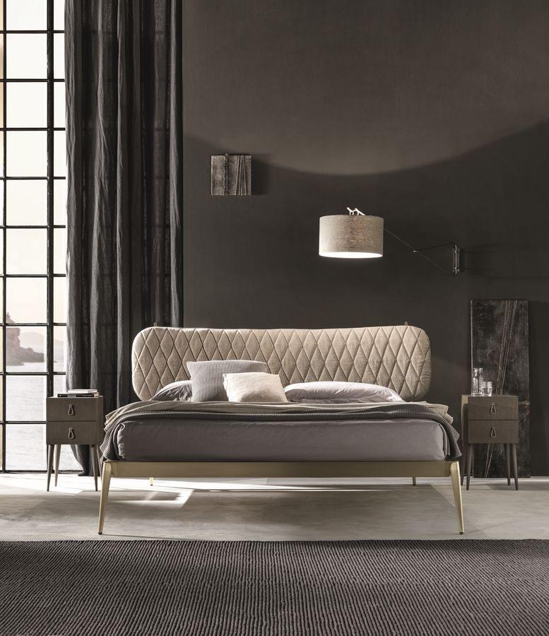Urbino imbottito, Lit double rembourré, cadre en métal, tête de lit tuftée