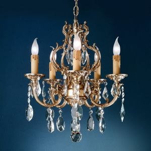 Art. 134, Lustre avec des pendentifs en cristal de Bohême