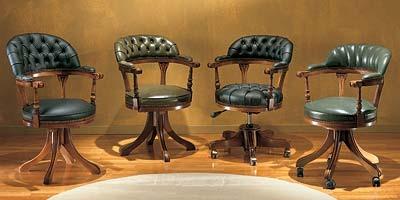 Study, Chaise pivotante avec dossier capitonné