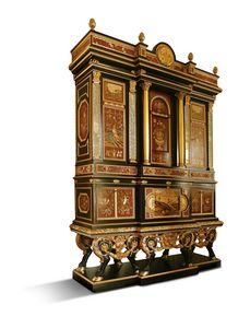 5794, Grand meuble avec incrustations et marbres