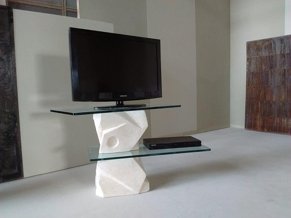 Samurai meuble TV, Meuble TV en pierre sculptée