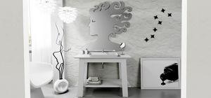 Bath Table 03, Armoire de toilette laquée blanche