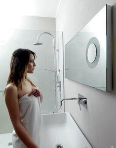 From E375, Miroir de salle de bain avec loupe