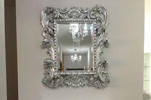 Loto petit, Miroir classique avec des finitions de feuilles d'or cadre