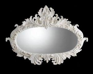Art. 19653, Miroir ovale avec magnifique sculpture