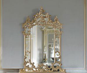 ART. 2950, Miroir classique avec cornire et incrustations