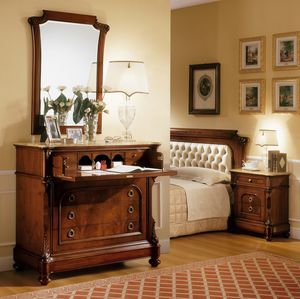 D'Este miroir, Miroir dans un style classique, des sculptures faites � la main
