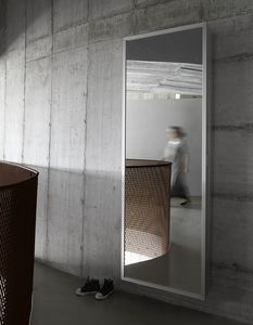 Box, Miroir avec design minimal esthétique