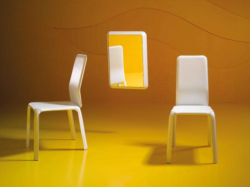 Reflex P, Miroir moderne, en bois et en cuir, pour le hall