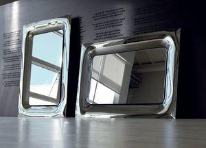 Uma 388, Miroirs élégants