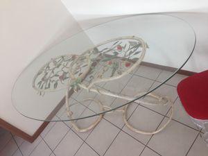 TA-MA01, Table ovale, base forgée et peinte a la main