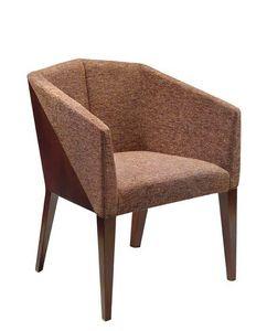 C36, Fauteuil avec bras en bois de hêtre, assise et dossier rembourrés, recouverts de tissu, pour l'usage de contrat