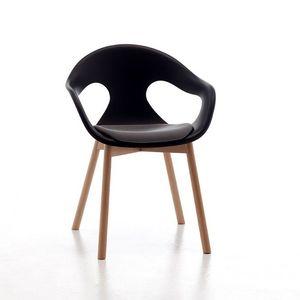 Sunny 4LW, Fauteuil avec des jambes de bois, siège et dossier en polypropylène