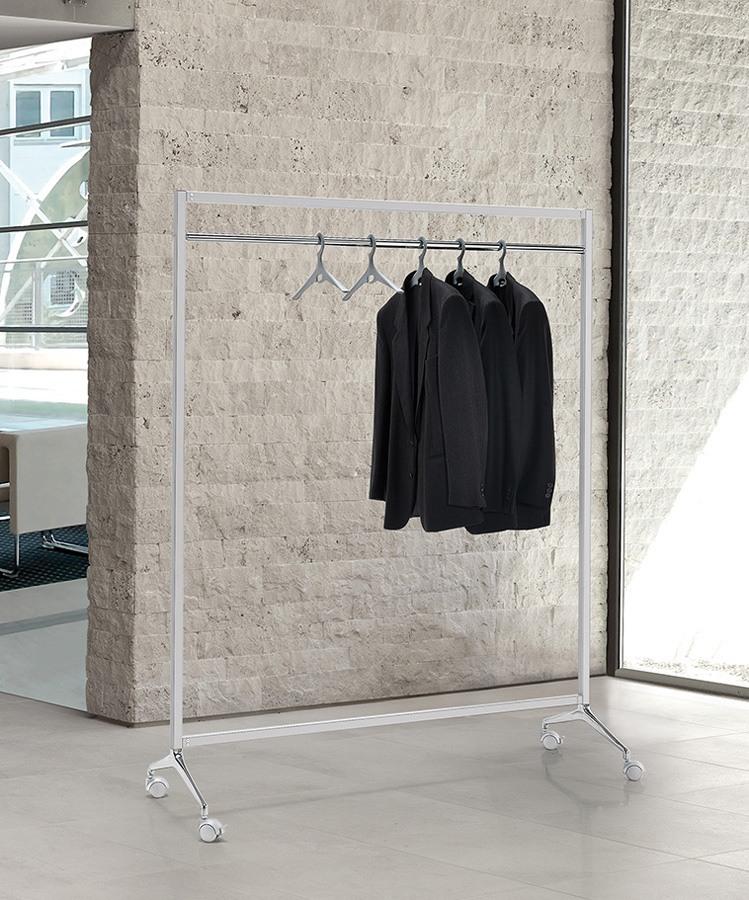 Archistand, Porte-manteau sur roulettes avec structure en acier verni