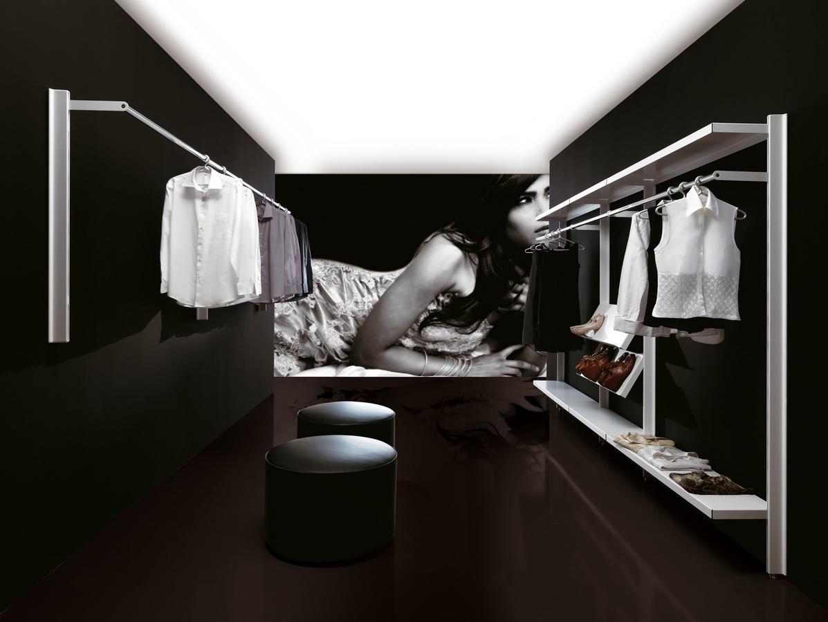 Big shops, Manteau moderne pour les environnements de conctract