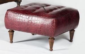 Art. 601/B, Pouf rembourré, recouvert de cuir de vachette