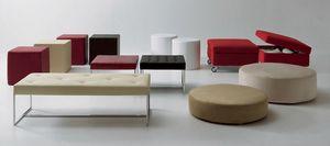 Pouf and benches, Pouf en différentes tailles, formes et couleurs, pour le salon