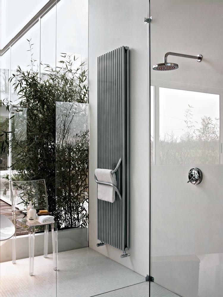 Arkos, Radiateur salle de bains, avec poignée de serviettes