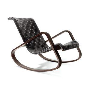 Dondolo, Chaise à bascule en bois, siège en cuir tressé