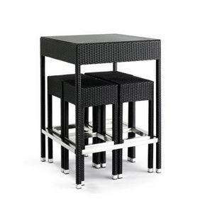 Outdoor set, Tabourets tissés et table pour une utilisation en extérieur, plateau en verre