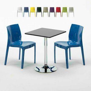 Table basse carrée noire 70x70cm avec 2 chaises colorées à l'intérieur du bar ICE MOJITO, Set d'extérieur avec table et chaises empilables