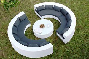 Uranio set, Canapé en plein cintre et la table ronde pour une utilisation extérieure
