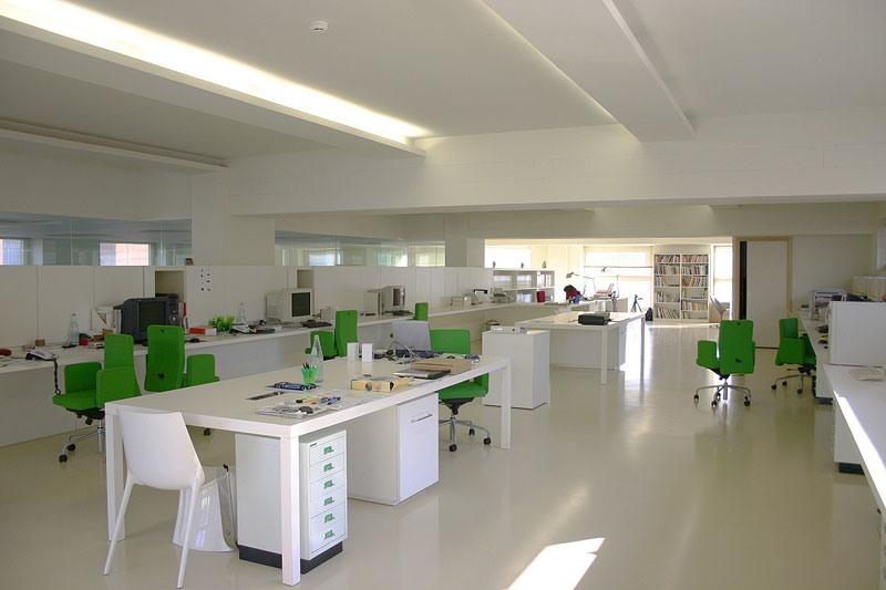 Autoleveling epoxy resin floors for the home, Sol en résine, pour les supermarchés
