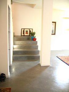 Rendered concrete resin floors 2, Sol en résine, pour un usage résidentiel